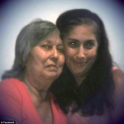 Danielle Marquez-Valle and her mother